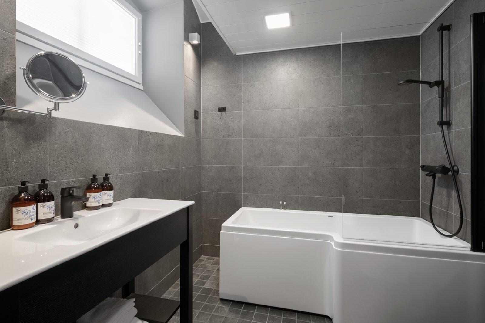 Standard-huone kylpyhuone
